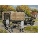 Studebaker US6 w. Soviet Medical Personnel - ICM 1/35