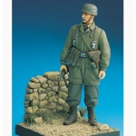 German Fallschirmjäger (Crete 1941) w. Base - Legend 1/16