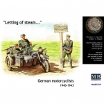BMW R75 & German Motorcyclists (1940-1943) - Master Box 1/35