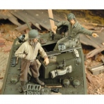 M3A3 Stuart Crew WWII - Royal Model 1/35