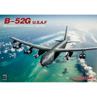 U.S.A.F. B-52G Stratofortress Strategic Bomber - Modelcollect 1/72